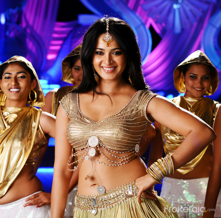 Anushka hot stills in Damarukam Movie