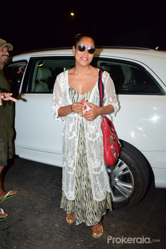 Actress  Bipasha Basu spotted at juhu