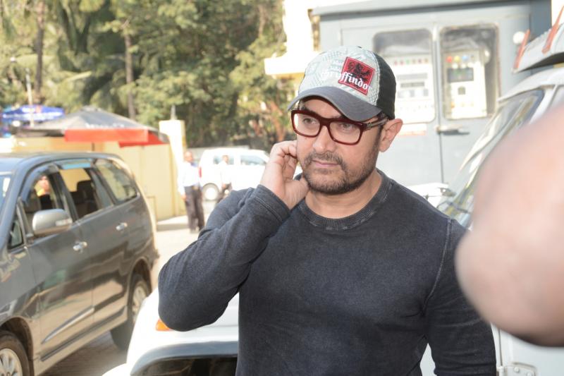 Aamir Khan visits pvr juhu to promote Rubaru Roshni