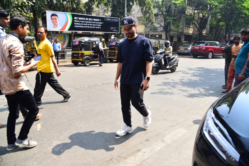 Actor Kunal Khemu at Malang starcast Pali village Cafe in bandra