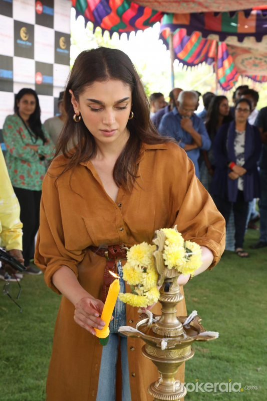 Actress Aditi Rao Hydari at the pooja ceremony of movie Hey Sinamika