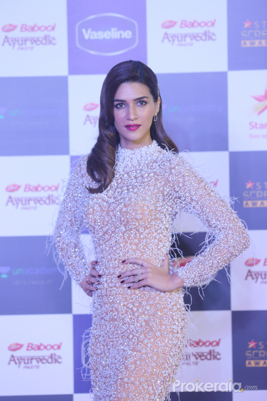 Actress Kriti Sanon in Star Screen Awards at BKC.