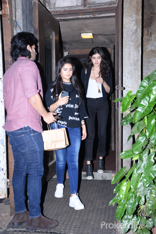 Actress Shanaya Kapoor spotted at Pali Bhavan.