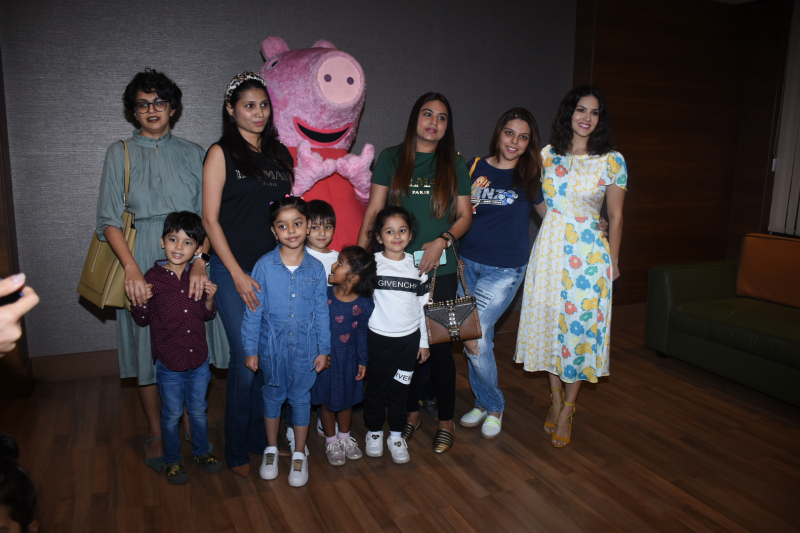Actress Sunny Leone with her daughter at Viacom 18 Peppa Pig