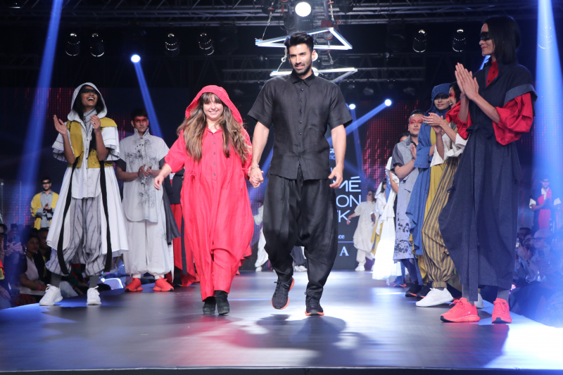 Actor Aditya Roy Kapoor walks for Chola at Lakmé Fashion Week summer resort 2020