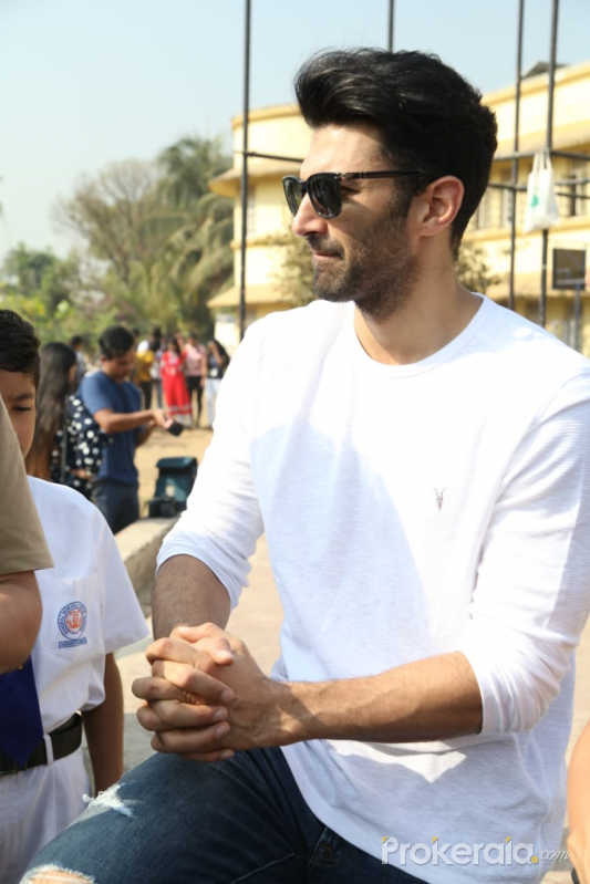 Actor Aditya Roy Kapur at launch of the NGO 'Ek Saath-The Earth Foundation'