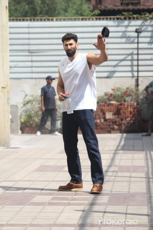 Aditya Roy Kapur Spotted At Gym