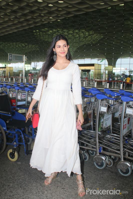 Amyra Dastur Spotted At Airport Departure