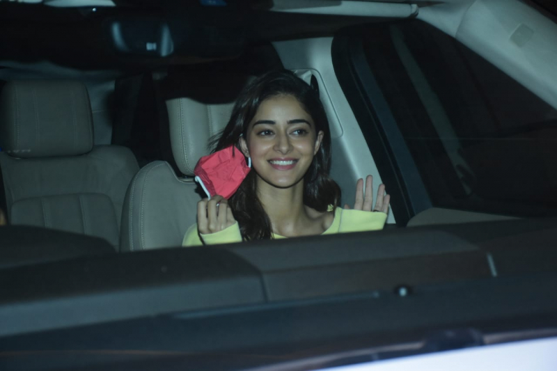 Ananya Pandey spotted at post the shoot at bandra