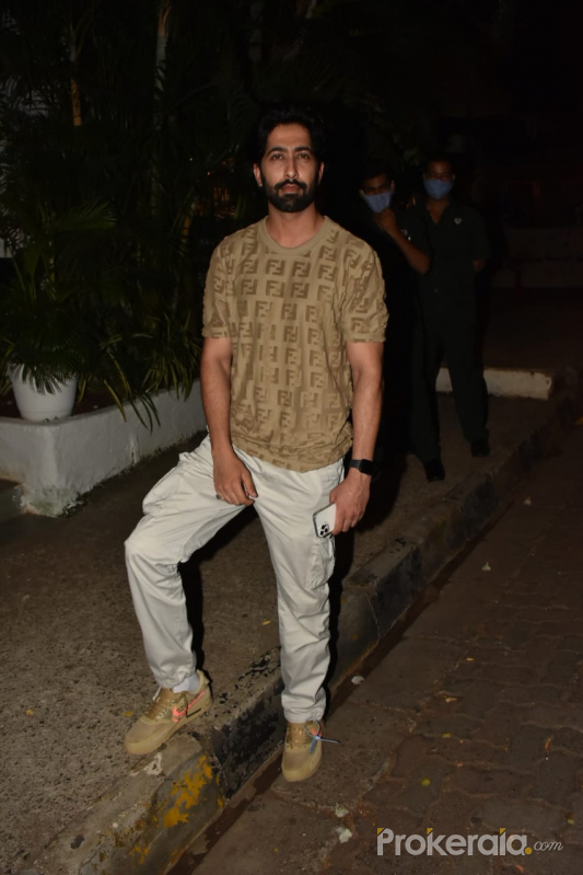 Ankur Bhatia Spotted At Olive Restaurant In Bandra