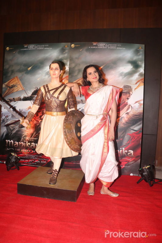 celebrates the success of Manikarnika