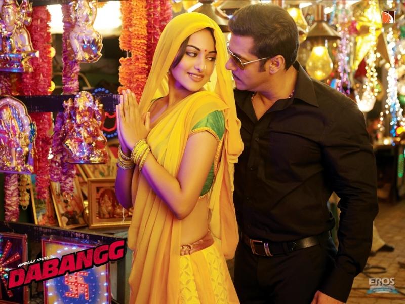 Dabangg Stills - Sonakshi Sinha and Salman Khan