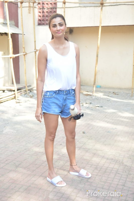 Daisy Shah Spotted At Gym