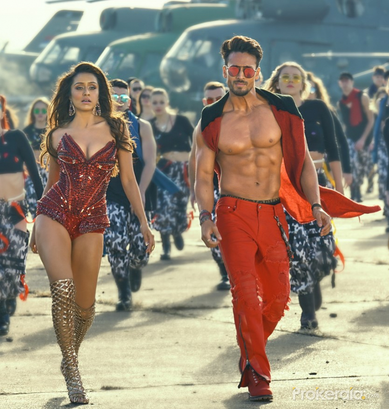 Dance scene from movie Baaghi 3