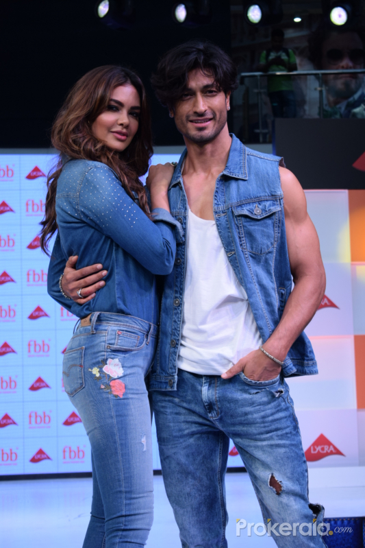 Esha gupta and Vidyut Jamwal at infiniti malad