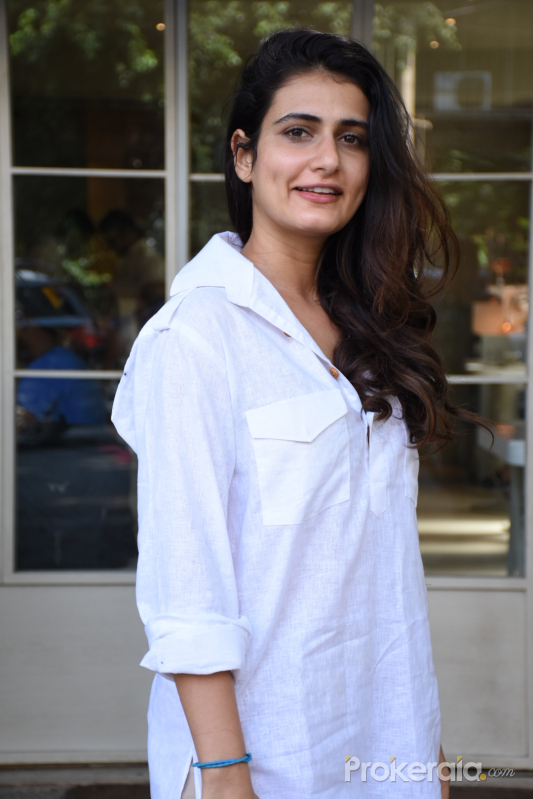 Fatima Sana Shaikh spotted at sequel bandra