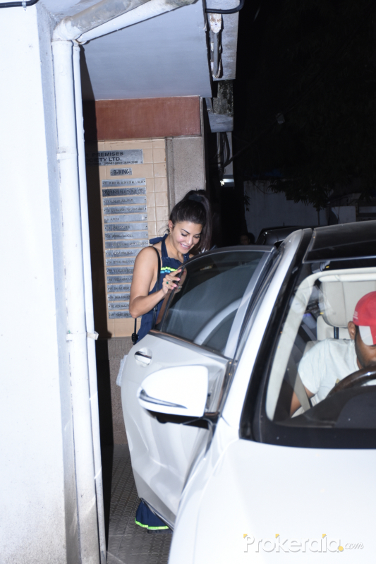 Jacqueline Fernandez spotted at clinic in bandra