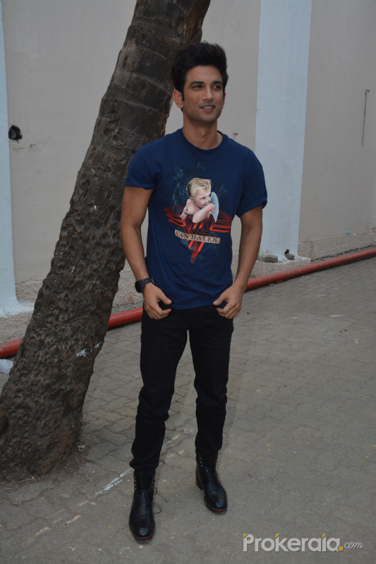 Mehboob studio for promotions of film Sonchiriya