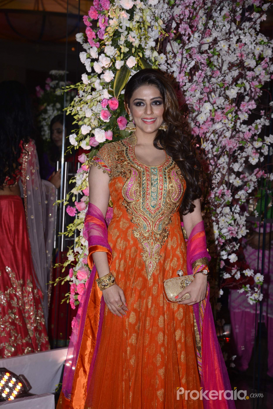 Neil Nitin Mukesh wedding reception Stills
