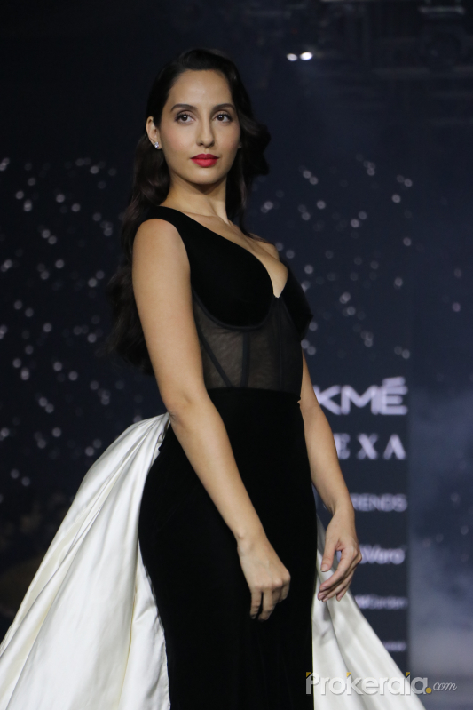 Nora Fatehi walks for Lakme cute Fashion Week summer resort 2020