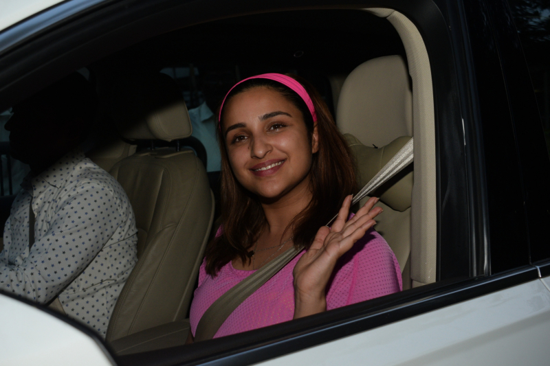 Parineeti Chopra spotted at Juhu