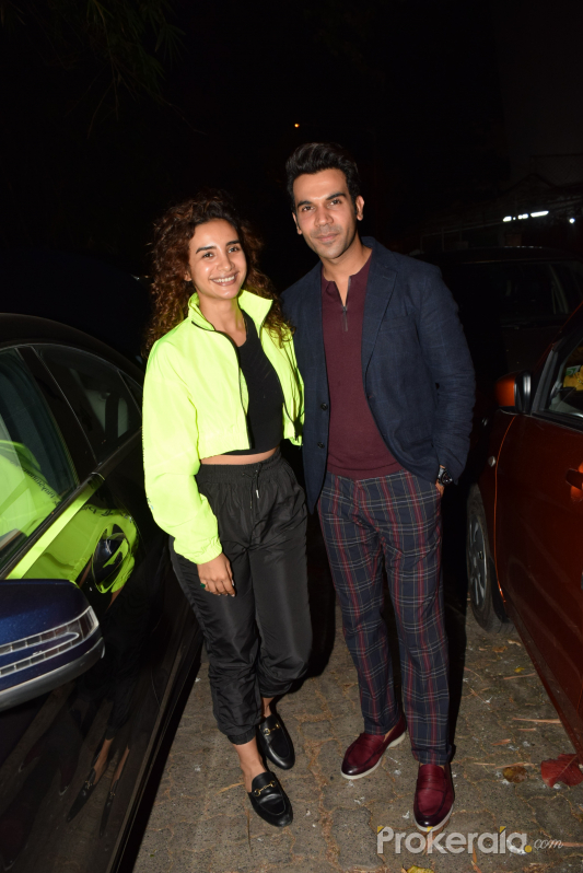Rajkummar Rao and Patralekha spotted at juhu