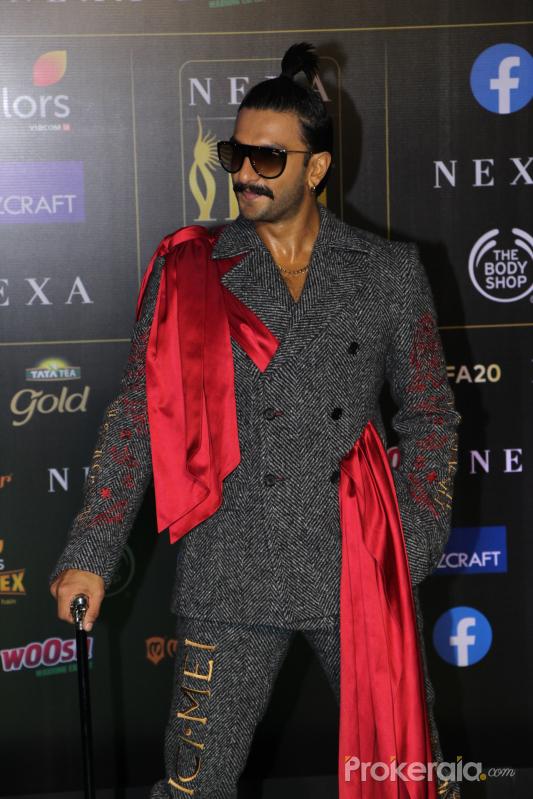 Ranveer Singh  join Green Carpet of IIFA Awards 2019