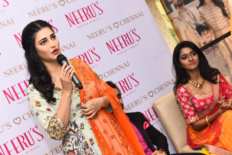 Shruti Haasan launches Nerru's the First Flagship Family Store
