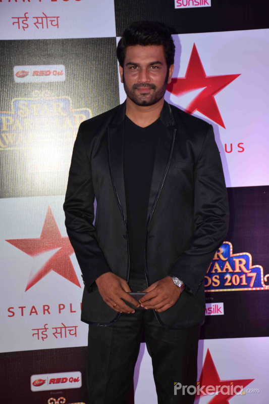 Star Parivar Awards 2017 Red Carpet