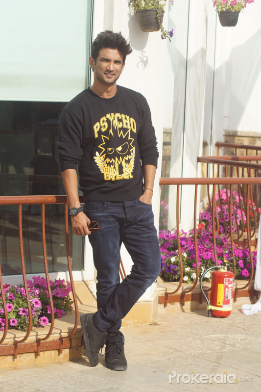 Sushant Singh Rajput spotted at interview of sonchiriya