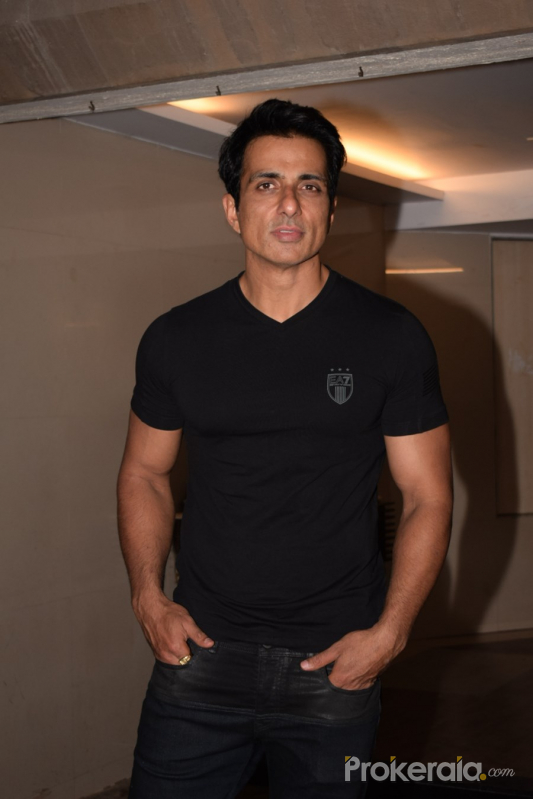Team Paltan Spotted At Sonu Sood House