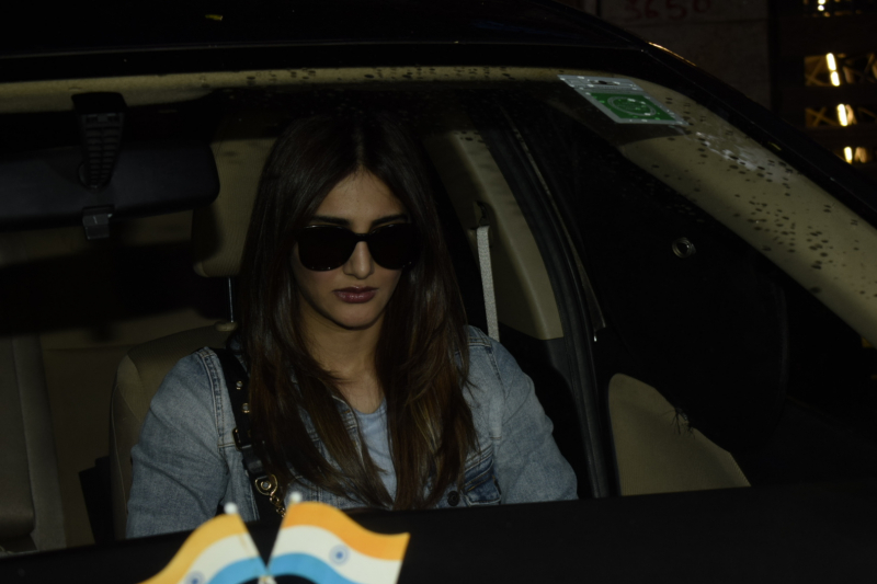 Vaani Kapoor spotted at juhu
