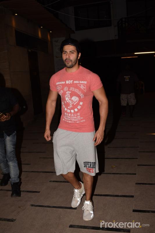 Varun Dhawan Spotted At Gym Juhu Photo