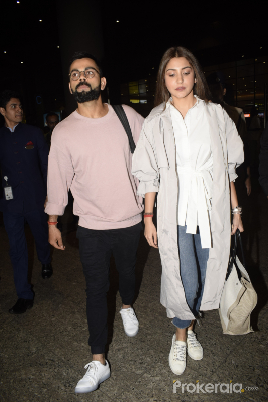 Virat Kohli and Anushka Sharma spotted at airport