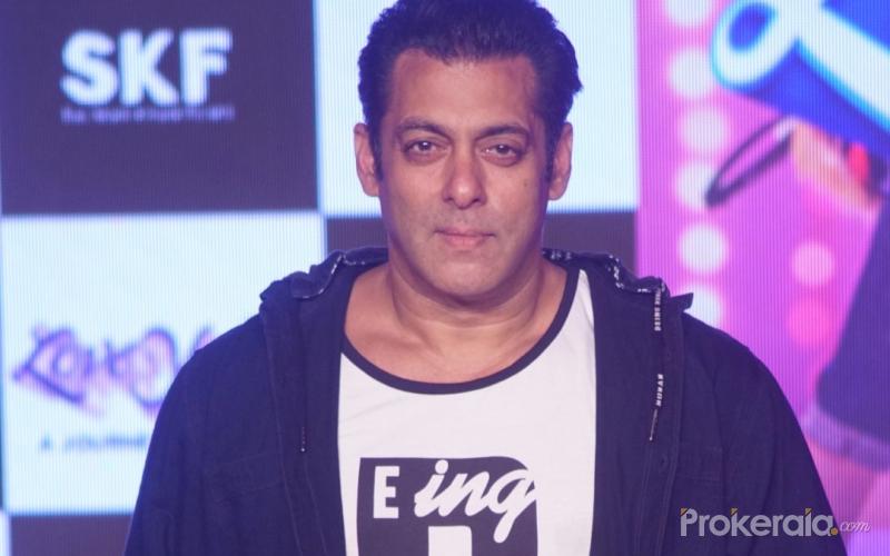 Salman Khan Perform Non-S