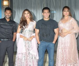 Actors in Promotion Function of Movie Dabangg3 at bigg boss house in goregaon