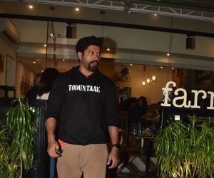 Actor  Farhan Akhtar  spotted at farmer's cafe andra
