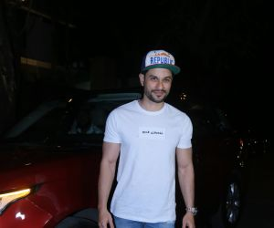 Actor Kunal Khemu attend Starcast of Malang at Anil Kapoor's house in juhu.