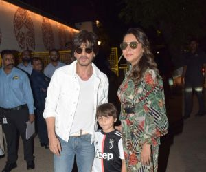 Actor Shah Rukh Khan with his Family at Aaradhya Bachchan birthday party.
