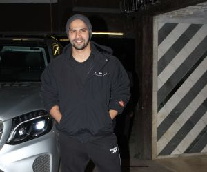 Actor Varun Dhawan spotted at gym in juhu