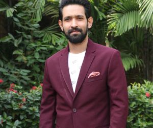 Actor Vikrant massey Posses for Photo.