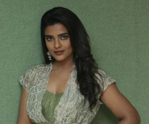 Actress Aishwarya Rajesh in Screening of her new Movie Vaanam Kottattum