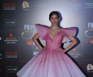 Actress Amyra Dastur in Filmfare Glamour And Style Awards 2019.