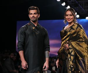 Bipasha Basu And Karan Singh Grover Turns Showstopper At LFWSR20