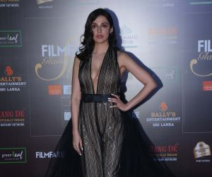 Actress Divya Khosla Kumar in Filmfare Glamour And Style Awards 2019.