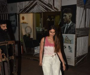 Actress Ileana D'cruz spotted at salon in bandra
