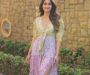 Actress Ileana D'cruz spotted for Pagalpanti movie promotion