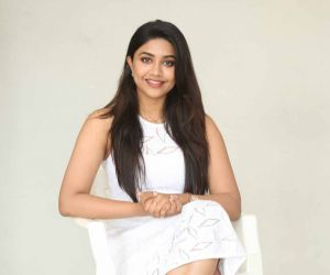 Actress Malavika Satheesan photo session