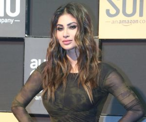5 times Mouni Roy left us breathless with her mesmerising looks