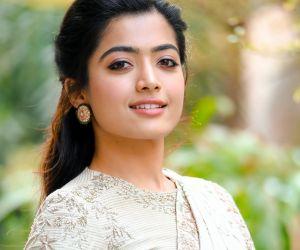 Actress Rashmika Mandanna's latest saree pic